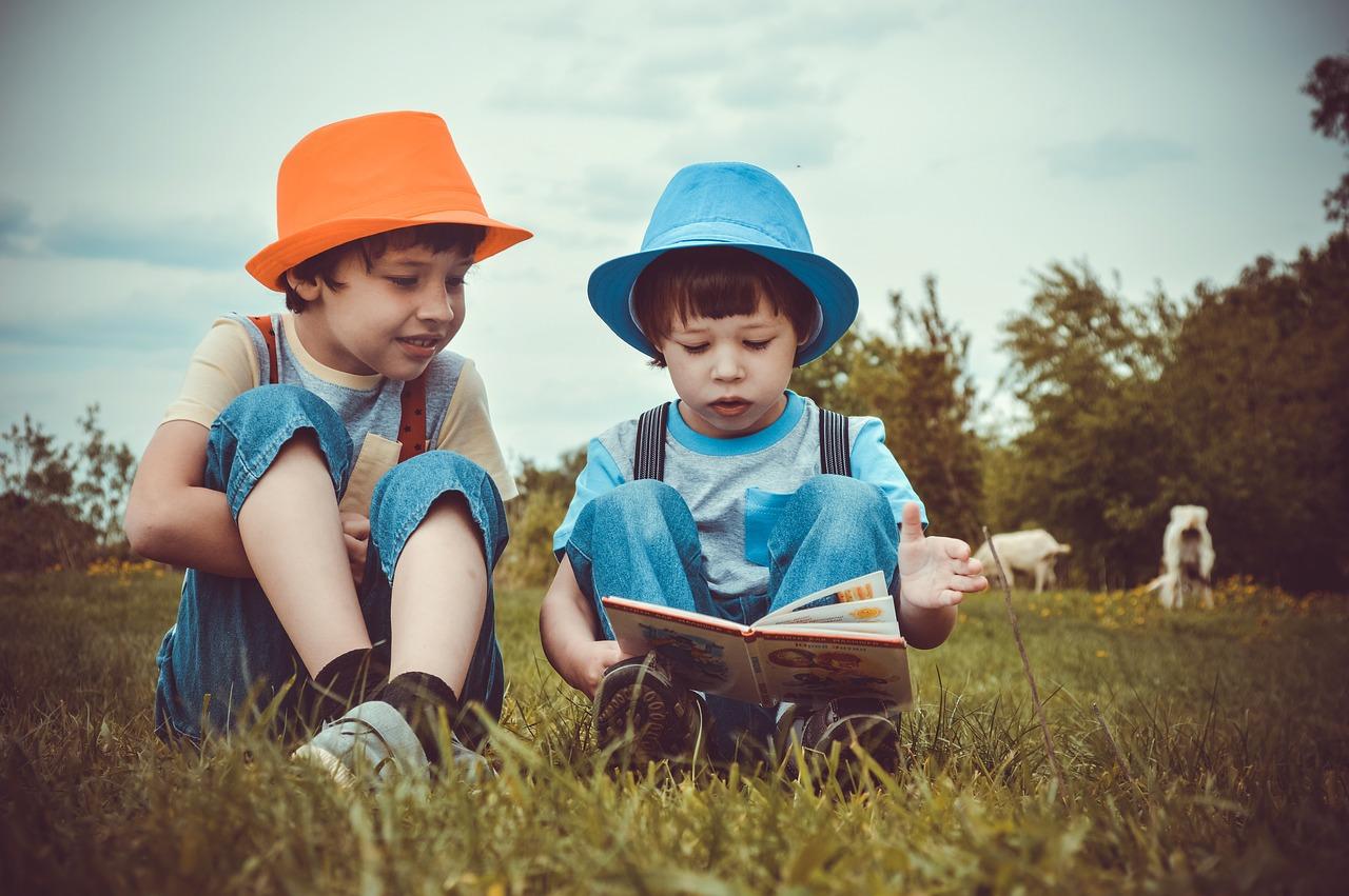 1)Les bienfaits de développer la lecture à vos enfants.